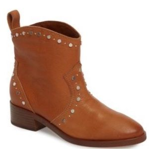 NWT Dolce Vita Tobin Studded brown boots 6